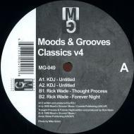 Various - Moods & Grooves Classics v4